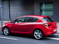 Рост продаж Astra J в Европе