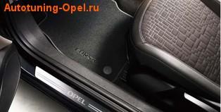 Накладки на пороги Opel Corsa E 3-дверная в стиле OPC Line