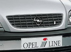 Решетка радиатора Opel Zafira A в жемчужно-сером исполнении OPEL i LINE