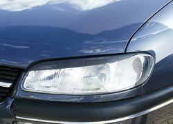 Реснички на фары Opel Omega B в стиле Carbon-Look