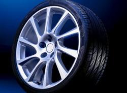 Шины летние Vredestein Ultrac Sessanta 225 / 40 R18 92Y с литыми дисками Irmsher в стиле Turbo Star Exclusiv-Design 8 x 18 ET 46 LK 5x105 для Opel Astra J