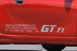Наклейка Тigra GT F1 в хромированном цвете для Opel Tigra