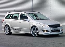 Обвес на Opel Astra H Универсал (рестайлинг) от компании Steinmetz
