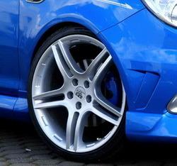 Шины летние Uniroyal 215 / 35 R19 с литыми дисками Steinmetz в стиле ST3 8,0J x 19 для Opel Corsa D
