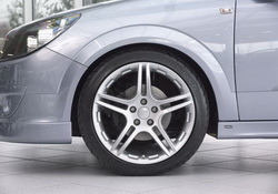 Шины летние BF Goodrich 225 / 45 R17 с литыми дисками Steinmetz в стиле ST3 7,5J x 17 для Opel Astra H