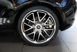 Шины летние Falken 245 / 35 R19 с литыми дисками Steinmetz в стиле ST7 8,5J x 19 для Opel Astra J