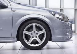 Шины летние Continental 215 / 45 R17 с литыми дисками Steinmetz в стиле ST1 8,0J x 17 для Opel Astra H, Opel Zafira B