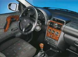 Комплект отделки приборной панели и салона Opel Corsa B, Opel Tigra в стиле Wurzelholz-Look для машин с отоплением сидений, без электрозеркал и с электроподъемниками стекол