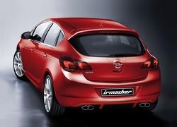 Обвес на Opel Astra J 5-ти дверная от компании Irmscher с глушителем на две стороны