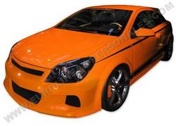 Обвес на Opel Astra H GTC от компании Eurolineas в стиле Sport