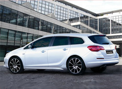 Обвес на Opel Astra J Sports Tourer от компании Irmscher