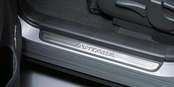 Накладки на пороги Opel Antara в стиле OPC Line