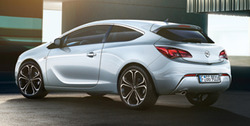 Обвес на Opel Astra J GTC от компании Opel в стиле OPC Line I с вырезом в бампере под глушитель
