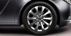 Диски литые R18 легкосплавные серебристые дизайн 5 V-образных лучей для Opel Insignia