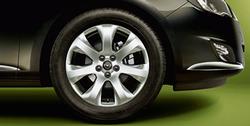Диски литые R17 легкосплавные с покрытием Manoogian дизайн 7 лучей для Opel Astra J c бензиновыми двигателями 1,4 л, 1,4T л и 1,6 л, дизельными двигателями 1,3 л