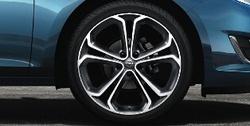 Диски литые R19 легкосплавные с покрытием Bi-colour дизайн 5 Y-образных лучей для Opel Astra J c бензиновыми двигателями 1,6T л, дизельными двигателями 1,7 л и 2,0 л и Opel Zafira Tourer