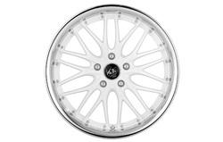 Диски литые R17 легкосплавные Barracuda Voltec Racing-White/Inox-Lip для Opel Insignia