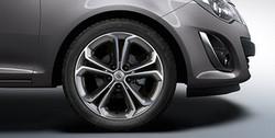 Диски литые R17 легкосплавные с покрытием Bi-color Black дизайн 5 Y-образных лучей для Opel Corsa D 5х110