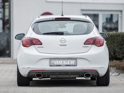 Накладка на бампер задний Opel Astra J Хэтчбек (рестайлинг) с вырезом слева под одинарный спортивный выхлоп черный глянец