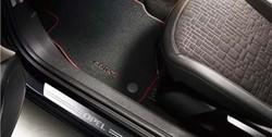 Коврики в салон Opel Corsa E велюровые черные с красной окантовкой